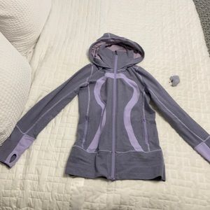 Lululemon lavender sweater